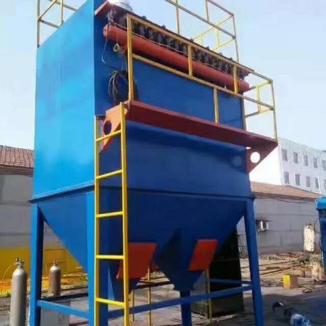 10噸中頻爐布(bu)袋除塵(chen)器選型方案